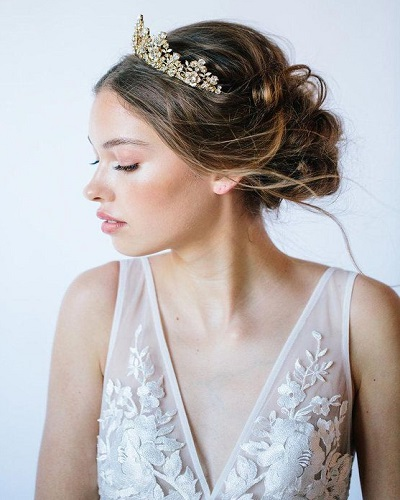 Royalty-Inspired Wedding Hairstyles for Long Hair