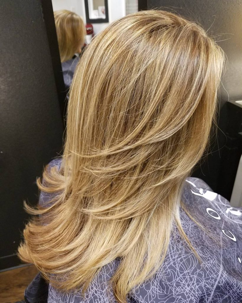 Feathered Layers for Blonde Hair with Highlights