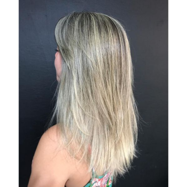 Silver Blonde Ombre for Thin Layered Straight Hair