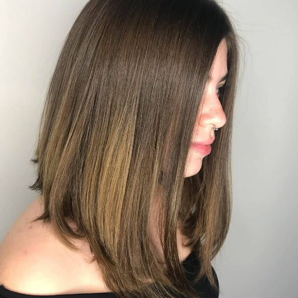 Straight Brown Lob Cut with subtle Blonde Hues