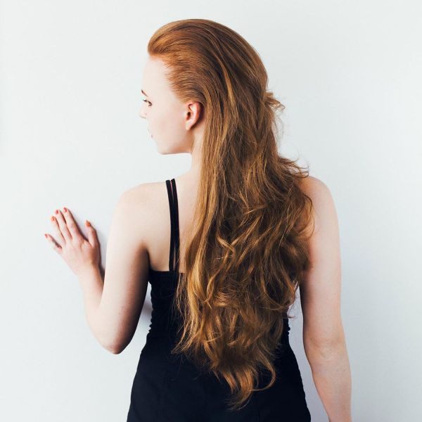 Swept-Back Ginger Red Hair with Long Wavy Layers