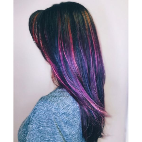 Wispy Multicolored Layers for Straight Hair