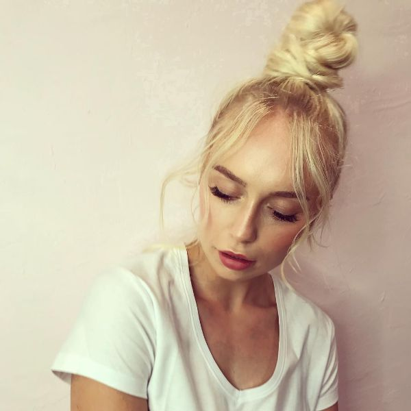 High Messy Knot for Long Blonde Hair