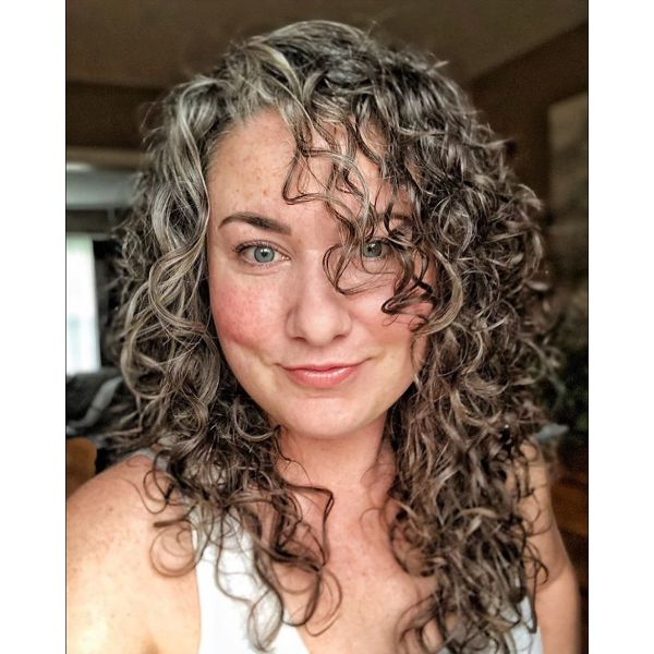 Messy Curly Hairstyle for Older Women