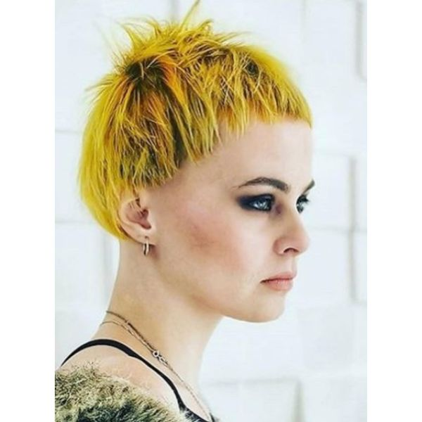 Grunge Goth Yellow Short Haircuts For Women