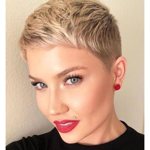 Short Combed Forward Blonde Taper Haistyle For Women