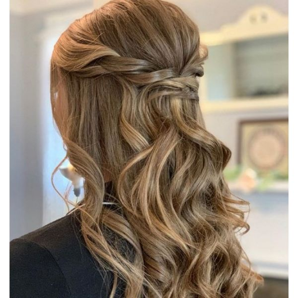 Classic Half-up Half Down Hairstyle