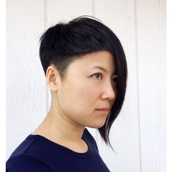 Easy Asymetric Hairstyle with Shaved Sides