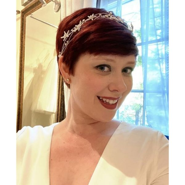 Pixie Cut with Headpiece Bridal Style
