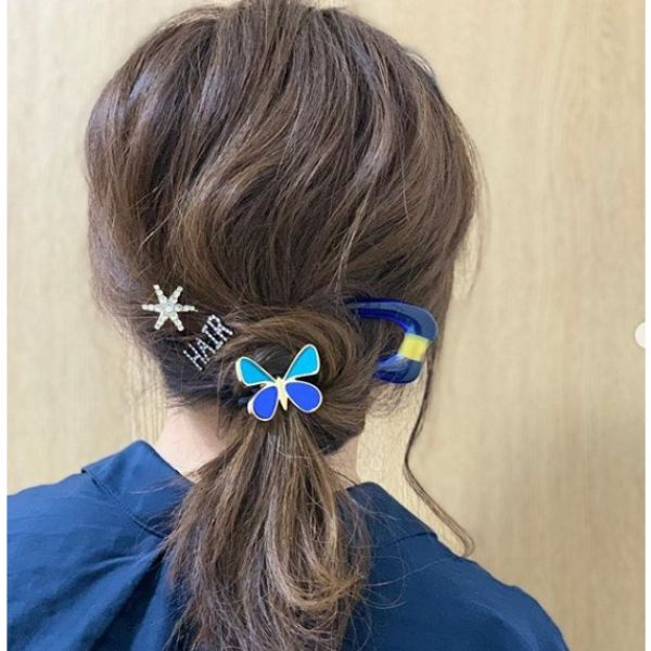 Twisted Ponytail With Hair Accesories