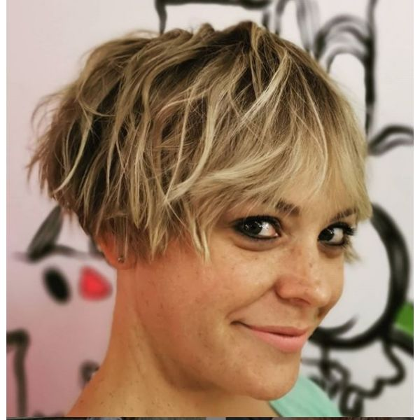 Ultra-short Bob With Blonde Highlights