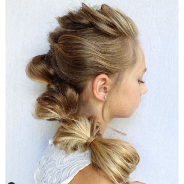 Blonde Bubble Ponytail Hairstyle haircuts for teenage girls