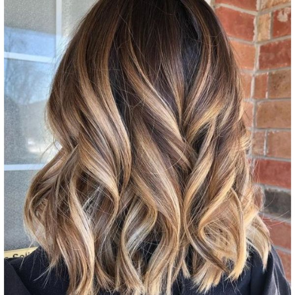 Bronde Balayage with Subtle Waves Hairstyle