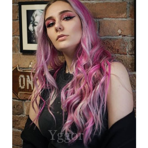 Bubble Gum Pink Hairstyle with Wavy Curls