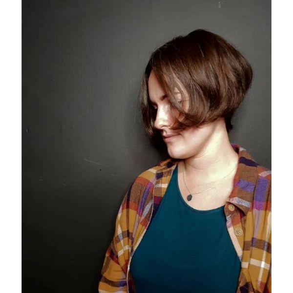 Classic Brown French Bob Hairstyle For Teenage Girls
