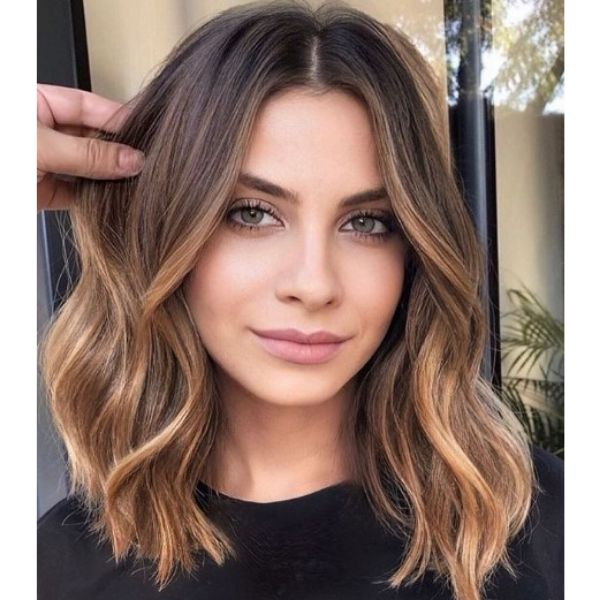 Honey Almonds Hairstyle For Wavy Bob Haircut