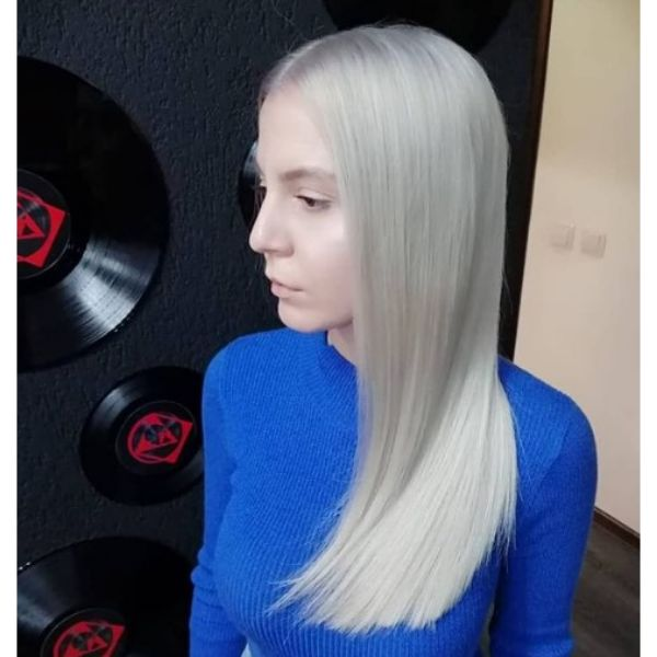 Long Straight Silver Blonde Haircut For Teenage Girls