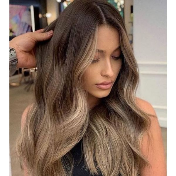 Soft Balayage Hairstyle For Wavy Hair