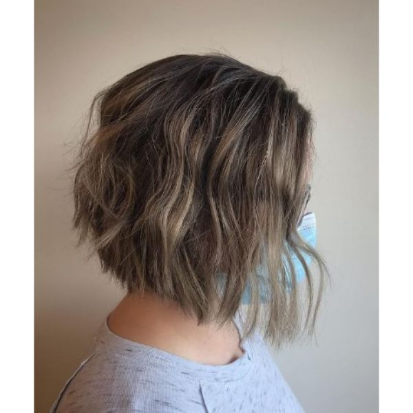 Textured Bob Haircut with Beach Waves And Low Lights