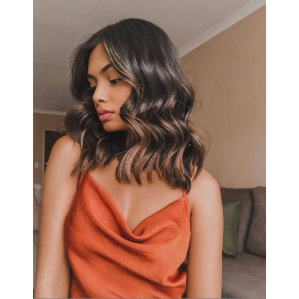 Wavy Brown Bob With Subtle Highlights