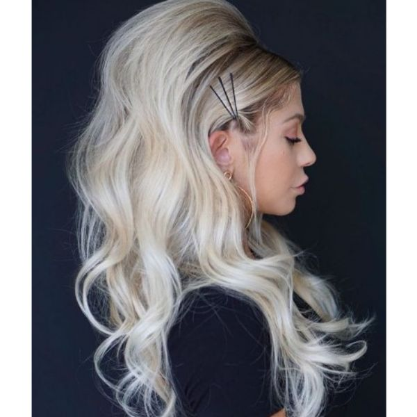 70's Style Long Retro Hairstyle For Blonde Hair