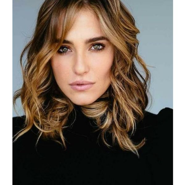 Balayage Medium Haircut For Wavy Hair