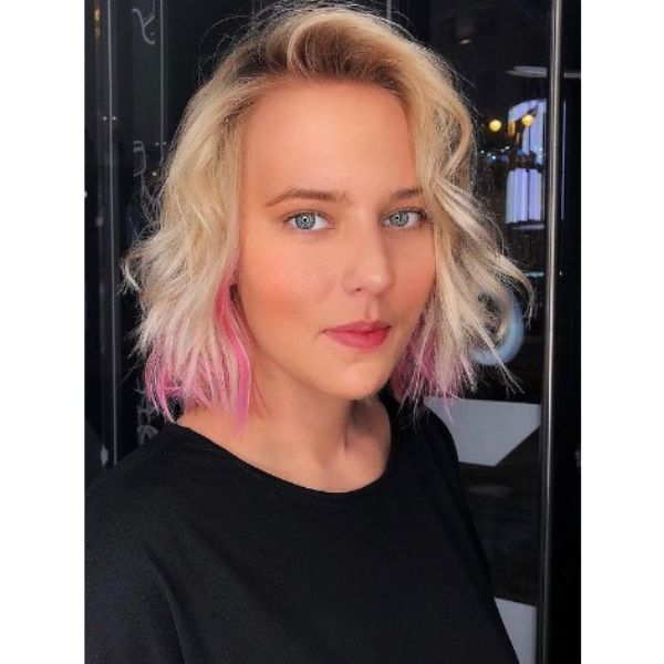 Blonde Medium Haircuts For Wavy Hair with Pink Highlights