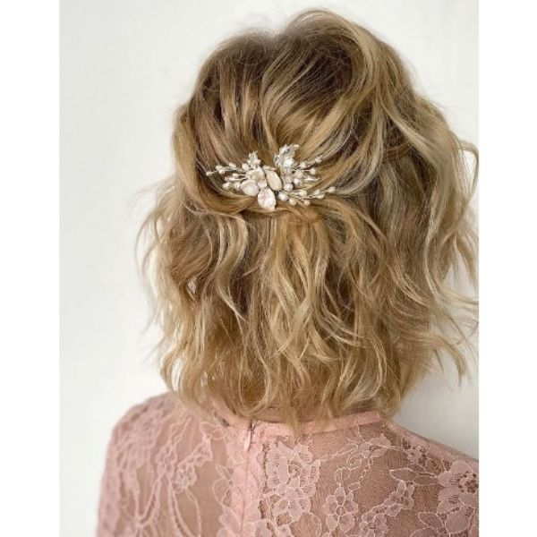 Blonde Messy Half Updo With Flower Pin For Medium Hair
