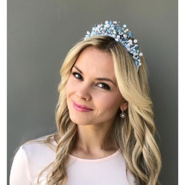 Blonde Wavy Wedding Hairstyle For Medium Hair With White Blue Crown