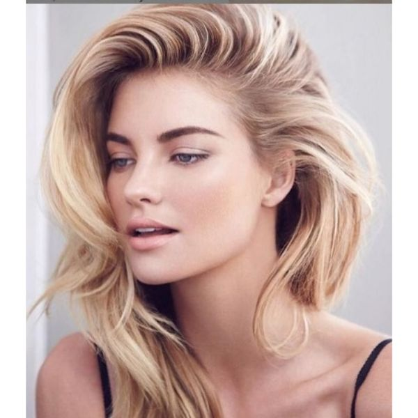 Blowout Hairstyle For Blonde Hair