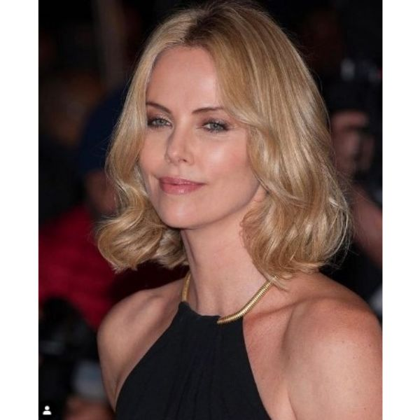 Charlize's Theron Soft Bob Hairstyles For Blonde Hair