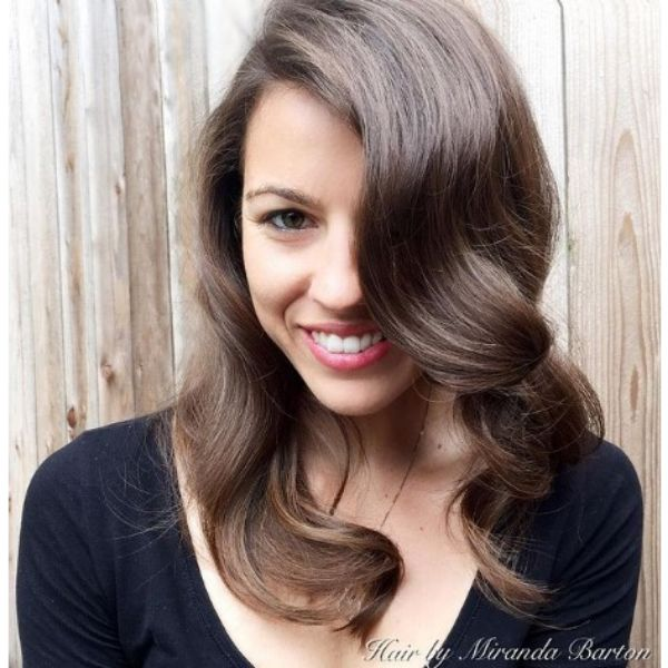 Glamourous Waves For Long Layered Thin Hair With Deep Side Part