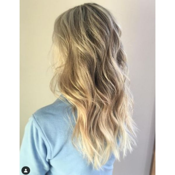 Long Layered Hairstyle For Thin Hair With Silver Blonde Hues