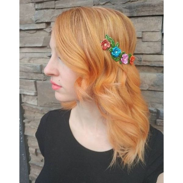 Medium Long Peach Strawberry Blonde Hairstyle With Soft Waves and Colorful Headband