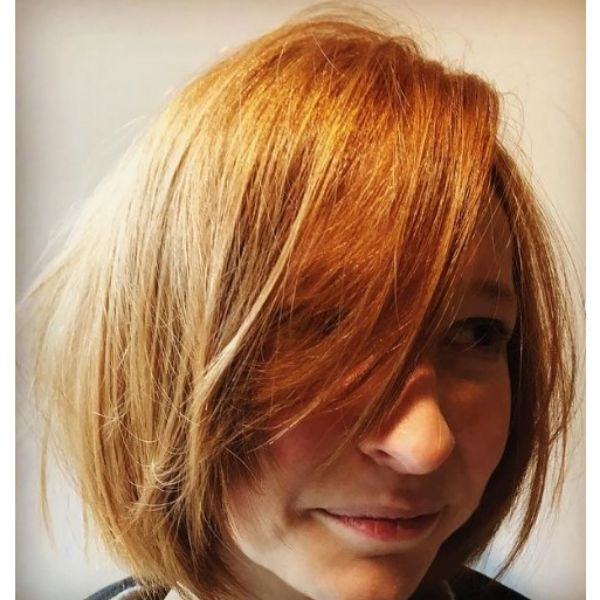 Messy French Bob For Oval Face And Thin Hair