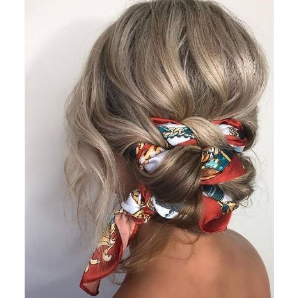 Messy Hairstyle For Blonde Hair With Knotted Scarf