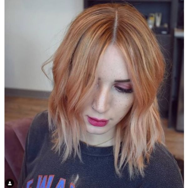 Modern Peach Pink Hairstyle For Thin Hair With Soft Waves