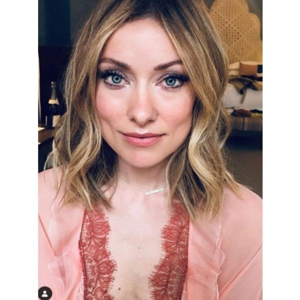 Olivia Wilde's Short Wavy Bob Hairstyle For Blonde Hair