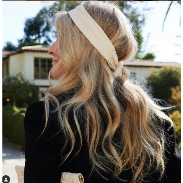 Retro Hairdo For Thin Blonde Hair With Beige Leather Head Scarf
