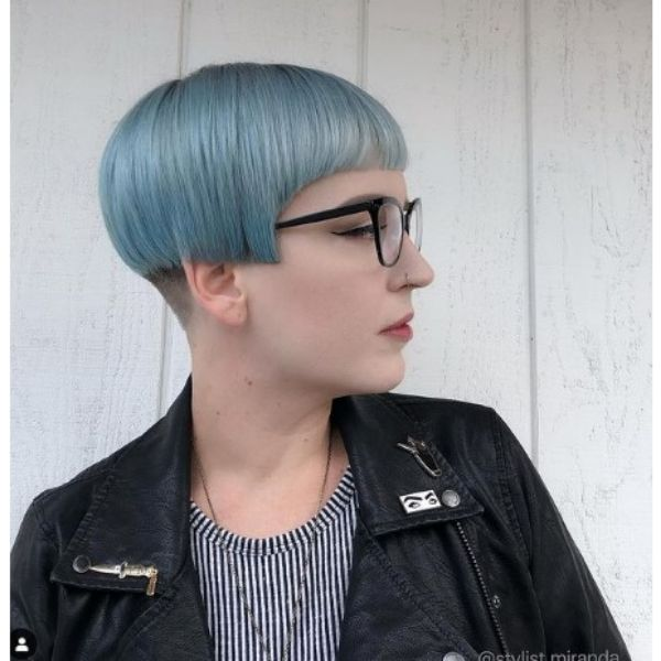 Short Bob For Blue Thin Hair With Baby Bangs