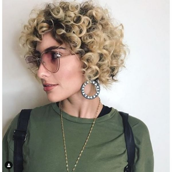 Short Curly Haircut For Blonde Hair With Dark RootsShort Curly Haircut For Blonde Hair With Dark Roots