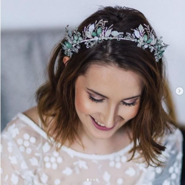 Simple Wedding Hairstyles For Medium Hair With Floral Design Head Band