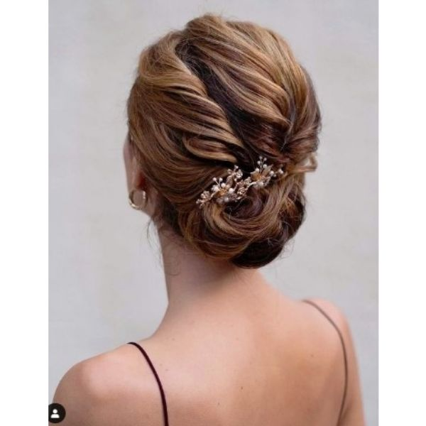Twisted Negligent Updo With Hair Jewelry For Medium Hair