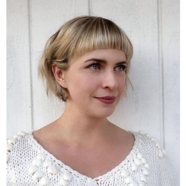 Wavy Bob With Curved Bangs For Thin Hair
