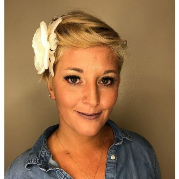 Blonde Short Pixie With Side Flower Accessory
