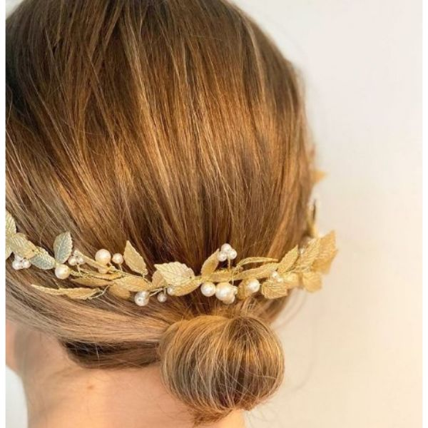 Mini Bun With Golden Leaf Half Halo And Pearls