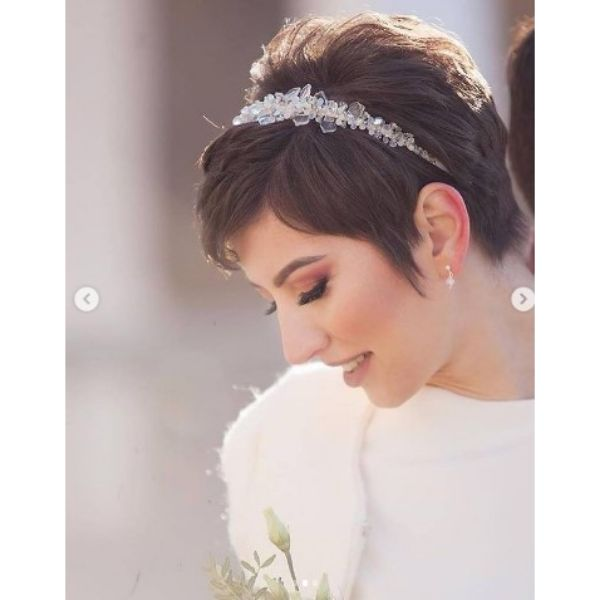Short Textured Pixie Hairstyle With Crystal Headband
