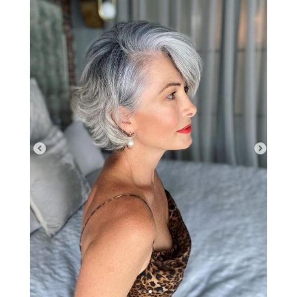 Silver Gray Feathered Bob With Deep Part