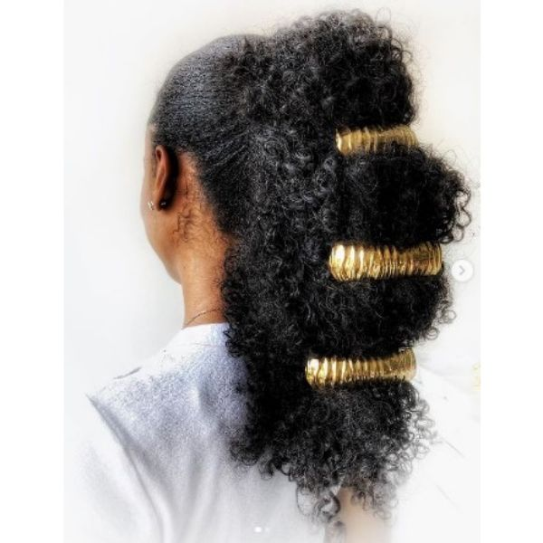 Voluminous Ponytail Hairstyles For Black Hair With Golden Hair Clips