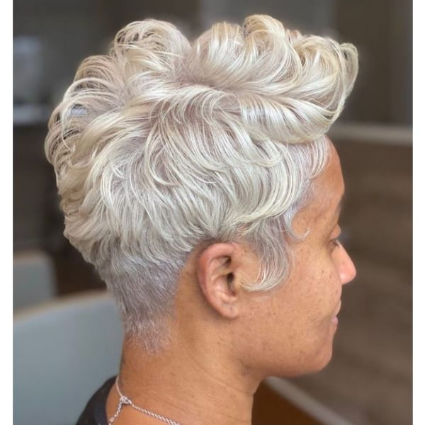 Curly Golden Blonde Cute Short Hairstyles For Women